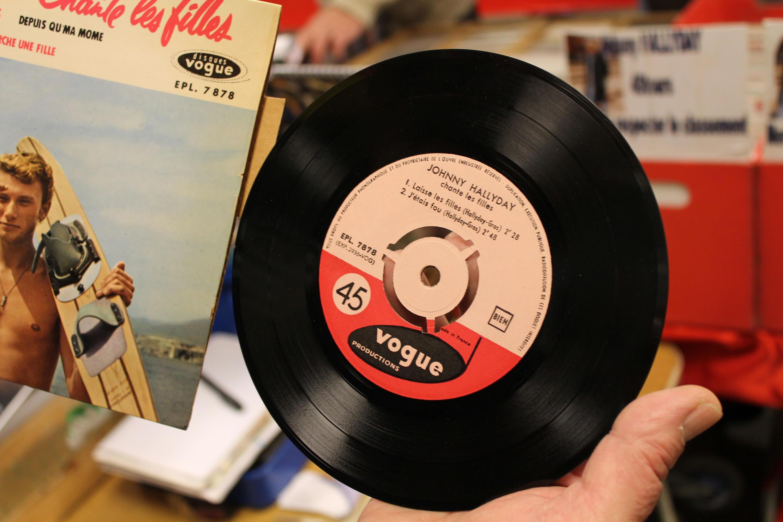 Пластинка французского классика рок-н-ролла Джонни Халлидея (Johnny Halliday)