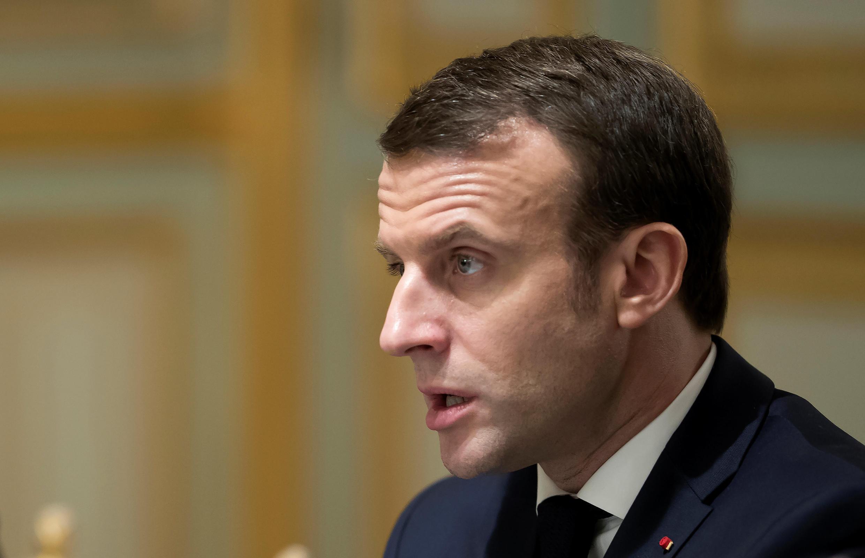 Эмманюэль Макрон призвал к смене власти в Алжире в разумные сроки