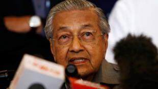 92岁高龄的政治强人马哈迪.穆罕默德出任总理