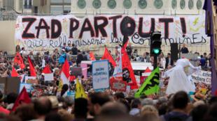 Manifestantes Paris