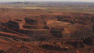 Le site du mont Whaleback, en Australie, est l'une des plus grandes mines de fer au monde.