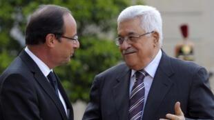 Le président de l'Autorité palestinienne Mahmoud Abbas à l'Elysée, pour un entretien avec François Hollande, le 6 juillet 2012.