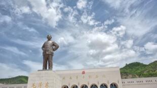 """延安革命博物館一直是全國""""朝拜""""紅色景點熱潮的勝地"""