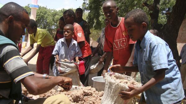 Le PAM estime que la Somalie «est sans doute le pays de la Corne de l'Afrique aux besoins humanitaires les plus grands, notamment en matière d'aide alimentaire».
