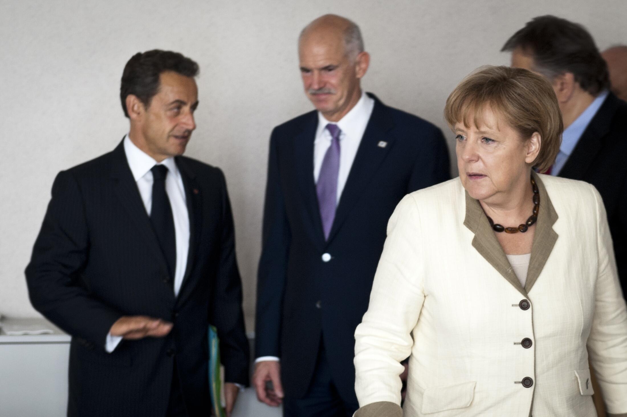 Shugaba Sarkozy na Faransa da Uwargida Angela Merkel na Jamus