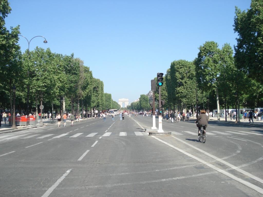 """27 сентября Париж """"день без машин"""""""