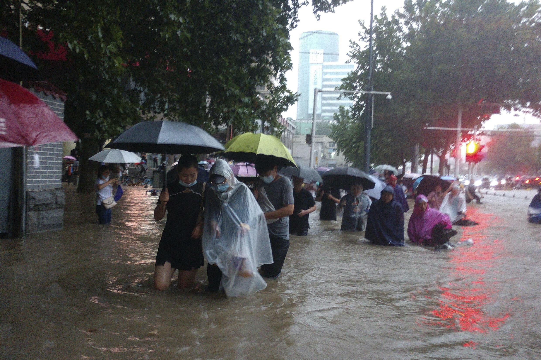 chine-zhengzhou-intemperies-inondations