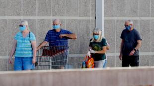 Le débat fait toujours rage sur le port du masque en Arizona alors que le nombre de cas grimpe en flèche.