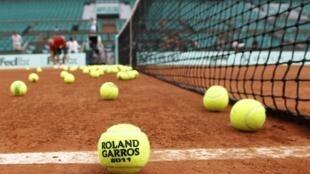 La 110e édition de Roland Garros se tient du 21 mai au 5 juin 2011.
