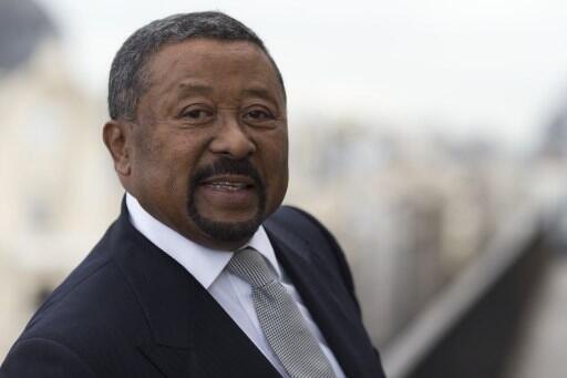 Jean Ping, l'ancien président de la commission de l'Union africaine, a réussi à rallier à lui deux des principaux adversaires du président Ali Bongo pour la présidentielle du 27 août prochain.