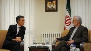 دیدار اندرو موریسون، معاون وزیر امورخارجه بریتانیا با کمال خرازی، رئیس شورای راهبردی روابط خارجی جمهوری اسلامی ایران. تهران - یکشنبه ٢ تیر/ ٢٣ ژوئن ٢٠۱٩