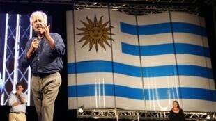 Tabaré Vazquez (photo), successeur désigné du président José Mujica ?