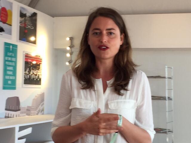Gaëlle de Lamotte criou uma plataforma para praticantes de yoga a domicílio.