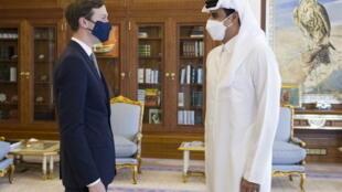 امیر قطر، تمیم بن حمد آل ثانی با جارد کوشنر، مشاور و داماد دونالد ترامپ دیدار کرد