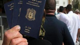 دستیابی داعش به گذرنامههای سوری