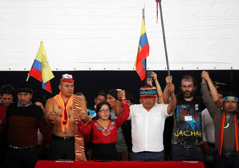 Los líderes indígenas ecuatorianos el 15 de octubre en Quito en una rueda de prensa.