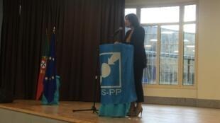 Assunção Cristas apresentou hoje a candidata do CDS-PP para cabeça-de-lista do círculo da Europa nas legislativas e que integra a lista para as europeias, Melissa da Silva, uma lusodescendente.