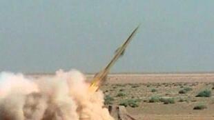 Image du 27 septembre 2009 de la télévision iranienne Press TV montrant des tirs de missiles.