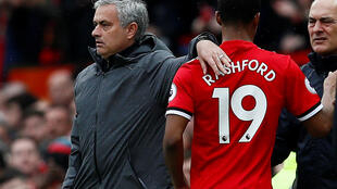 José Mourinho et Marcus Rashford lors de la rencontre face à Liverpool, le 10 mars 2018.