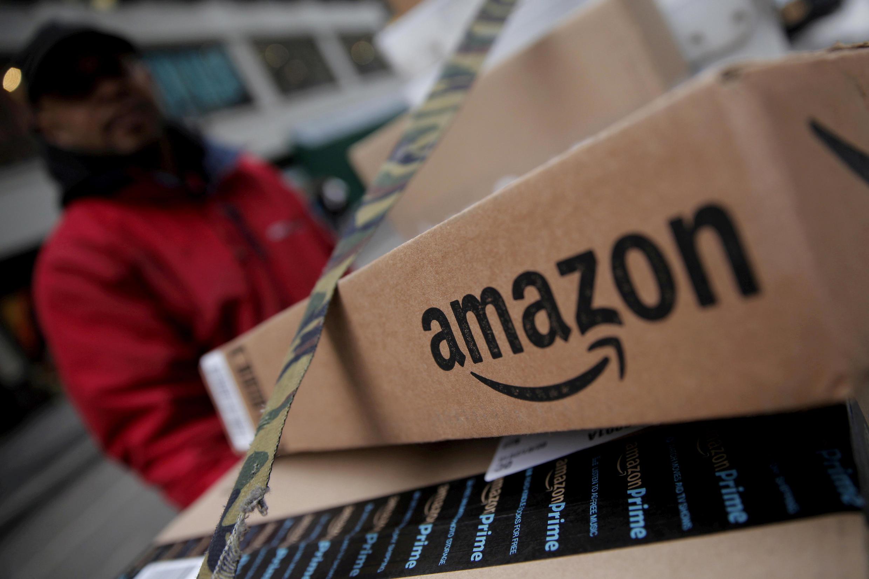 Un colis Amazon photographié à Manhattan, en 2016 (image d'illustration).