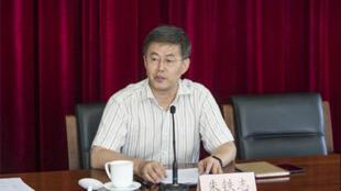 Chú Thiết Chí, phó tổng biên tập tạp chí Cầu Thị.