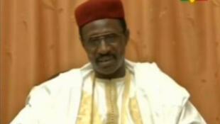 Oumar Bouri Touré, le candidat du GAD, dans la vidéo délivrant son message de campagne.