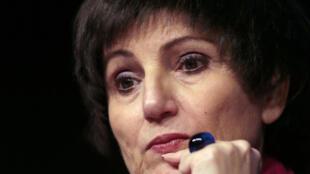 A ministra da Família, Dominique Bertinotti, luta há nove meses contra um câncer no seio.