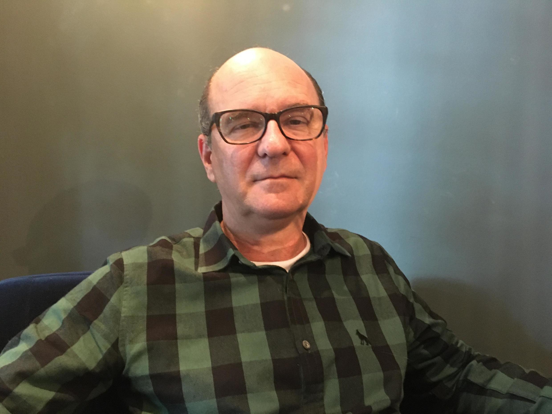 O escritor Luiz Ruffato participa da Feira do Livro de Frankfurt, na Alemanha.
