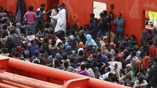 Milhares de clandestinos foram salvos nesta sexta-feira, 6 de junho de 2014, pela Marinha italiana.