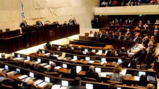 La Knesset avait rejeté une proposition similaire en 2007, quand Israël  et la Turquie entretenaient des liens étroits.