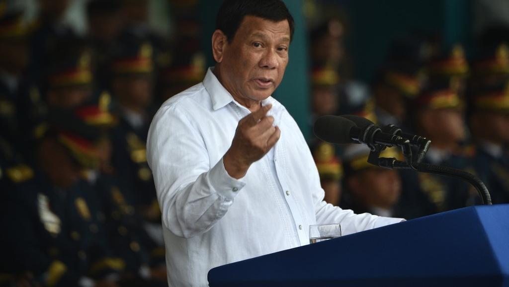 Rais wa Ufilipino Rodrigo Duterte, Agosti 8, 2018 Manila wakati wa maadhimisho ya miaka 117 ya kuanzishwa kwa polisi ya Ufilipino.