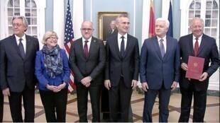 Церемония в Вашингтоне. 05.06.2017. Фото из твиттера правительства Черногории.