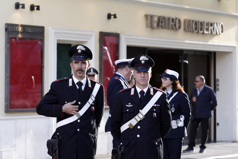 O processo sobre o naufrágio do Costa Concordia começou desde 3 de Março no teatro Moderno de Grosseto (centro da Itália)
