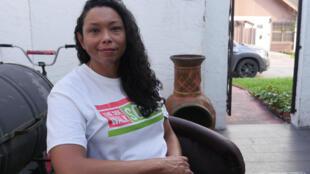 Felicia Rangel, fundadora de Sidewalk School, posa en Brownsville, Texas, el 24 de mayo de 2021.