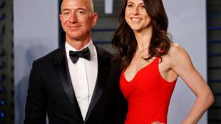 MacKenzie Bezos será tras el divorcio la tercera mujer más rica del mundo , según la revista forbes.