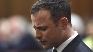 Oscar Pistorius lors de la lecture du jugement le 11 septembre 2014 à Pretoria, en Afrique du Sud..