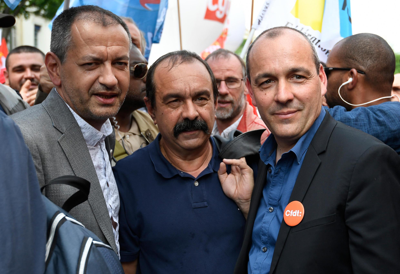 Les leaders de la CGT Philippe Martinez, de la CFDT Laurent Berger avec l'ancien leader de FO Pascal Pavageau, lors d'une manifestation le 22 mai 2018 à Paris.