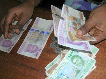 Faut-il en finir avec le franc CFA ?