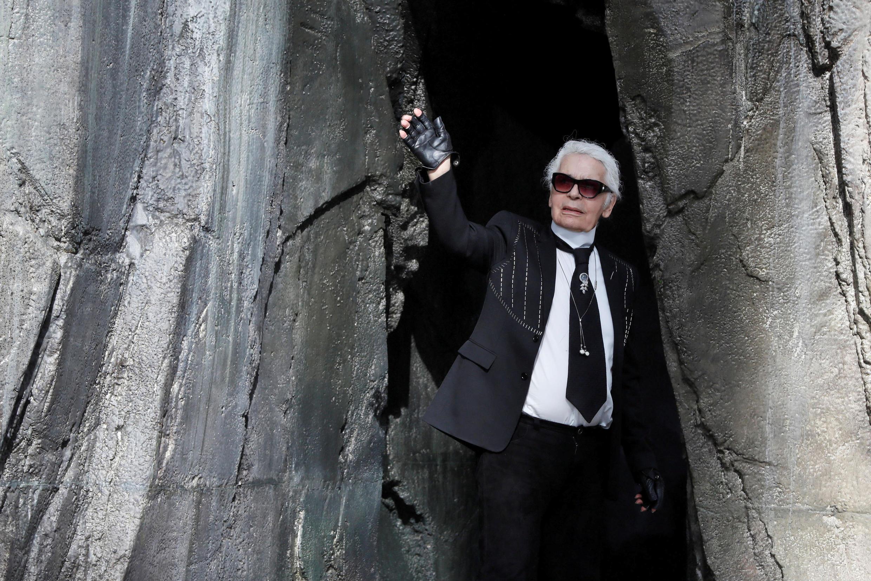 19/02/19- Morre o estilista Karl Lagerfeld da Chanel