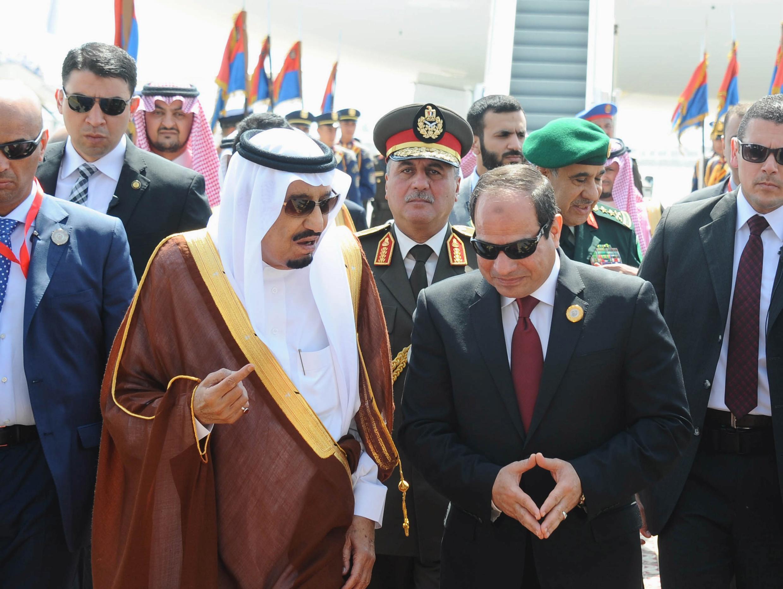 Shugaban Masar Abdel Fatah al-Sisi tare da Sarkin Saudiyya Salman a birnin Cairo