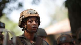 Un soldat français, dans les rues de Bambari, vendredi 23 mai 2014.