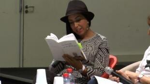 La romancière Faïza Guène dans « Nos plumes », un documentaire de Keira Maameri.