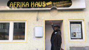 Oumar Diallo a créé la maison de l'Afrique à Berlin en 1983.
