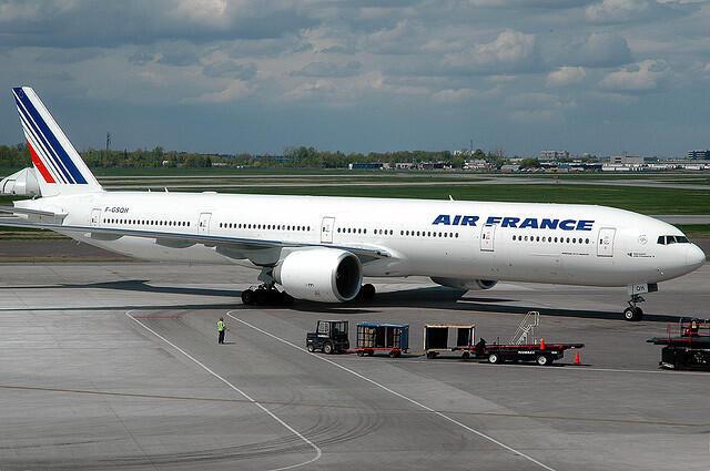 O Boeing 777-328, da Airfrance.