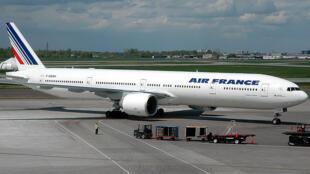 Boeing 777-328 da Airfrance.