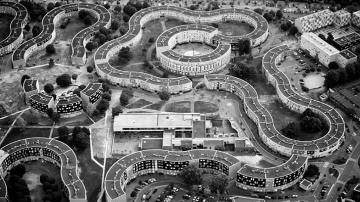 Vista aérea de la Grande Borne recién construída a fines de los sesentas en la ciudad de Grigny.