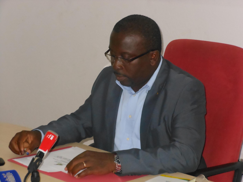 Alberto Pereira, presidente da Comissão Eleitoral Nacional, durante anúncio de resultados