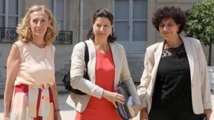 Les ministres Nicole Belloubet (Justice), Agnès Buzyn (Santé), et Frédérique Vidal (Recherche) ont défendu le projet de loi de bioéthique présenté en Conseil de ministres, le 24 juillet 2019.