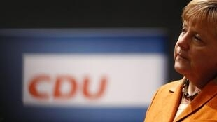 Nesta terça-feira a chanceler Angela Merkel deve ser reeleita como chefe de seu partido, a (CDU), União Democrata Cristã.