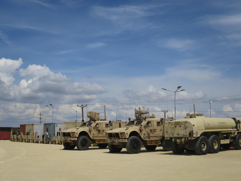 Base militaire de Mihail Kogalniceanu près de Constanta. Base d'entraînement et de transit pour les troupes américaines déployées en Irak.